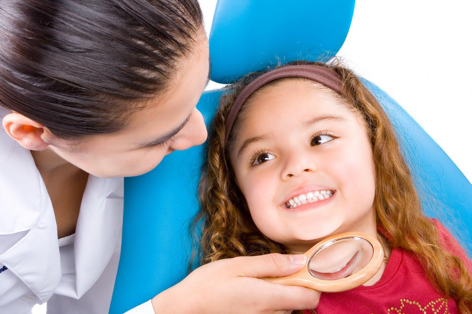 fotos niños en dentista club medicur