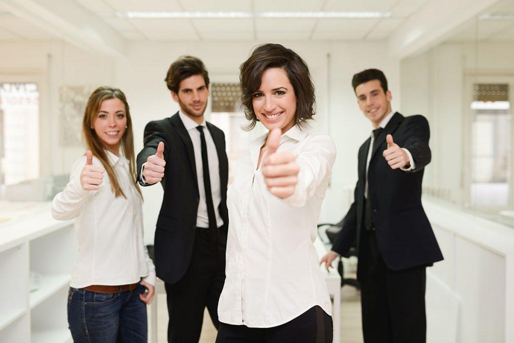 gente-feliz-en-el-trabajo
