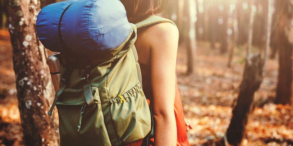 mochila-viaje-consejos-salud-vacaciones-medicur